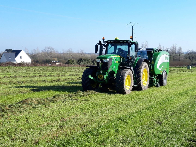 Round baller - Travaux agricoles