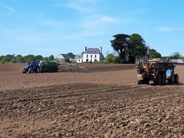 Les travaux depandage et travaux du sol avancent - Les travaux d'épandage et travaux du sol avancent ...